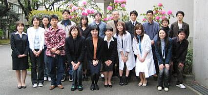 2007年度の研究室のメンバー写真
