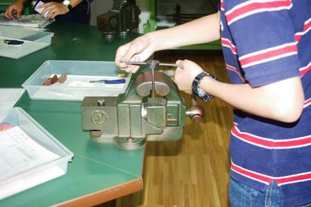 中学生対象の体験学習